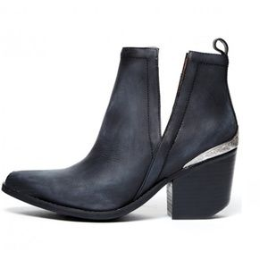 Jeffrey Campbell Cromwell Western Cowboy Boots